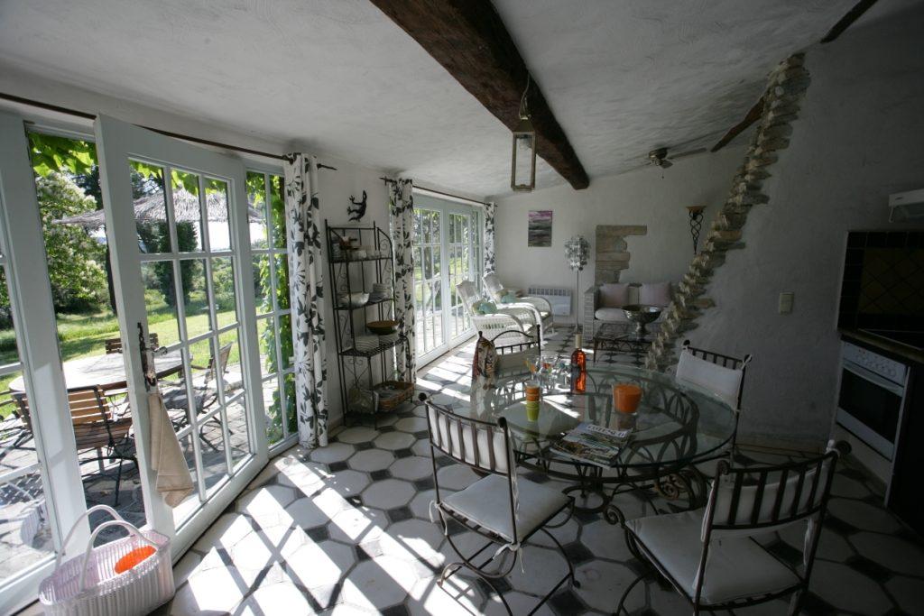 Chateau_de_Villarlong_Villa-Benoue_02-1-1024x683 Wohnen im Schloss: Château de Villarlong