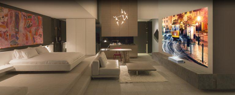 LG CINEBEAM 4K UHD PROJEKTOR BRINGT SMARTEN KOMFORT UND BRILLANTE BILDQUALITÄT INS HEIMKINO