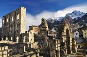 Römisches-Theater-Aosta-Foto-Roberto-Maggioni-300x199 Die norditalienische Urlaubsregion Aostatal engagiert sich vertieft auf dem deutschsprachigen Markt